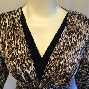 Sexy Deep V Oval Patterned Top Faux Layered Size S